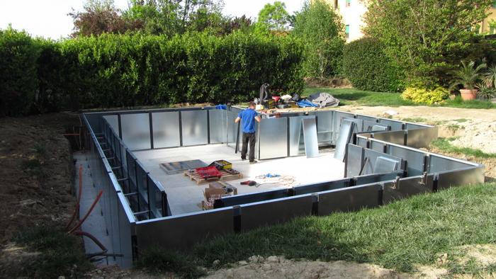 Costruire una piscina tecnologie prefabbricate a for Vasca pvc laghetto