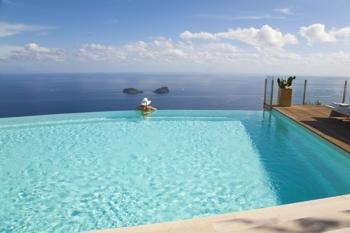 Piscine private consigli ed esempi per un corretto for Clorazione piscine