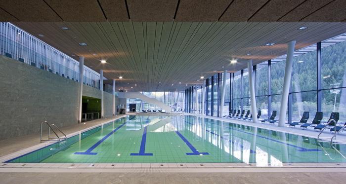 Le piscine del nuovo centro acquatico a canazei news dal for Cloro nelle piscine