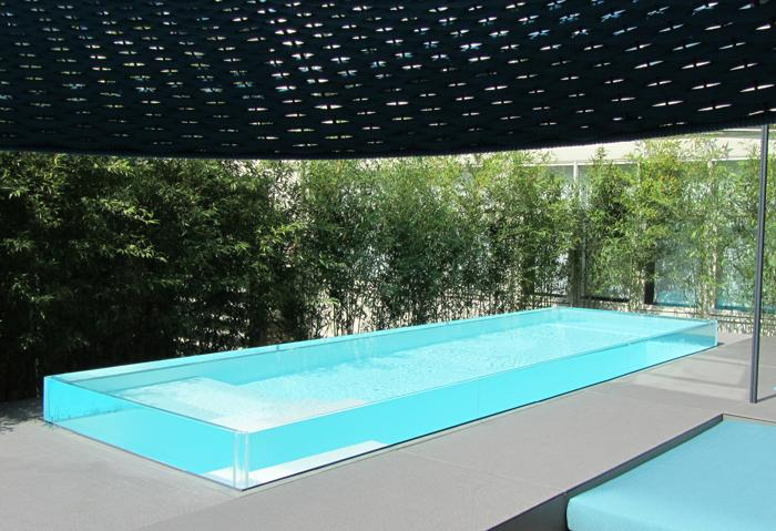 Piscine con bordo in vetro: 3 esempi | News da e per l\'industria ...