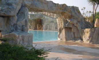 Punto blu scenografie di roccia per piscina aziende e - Piscine rocciose ...
