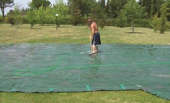 Come pulire un telo di copertura per piscine news da e for Teli per piscine